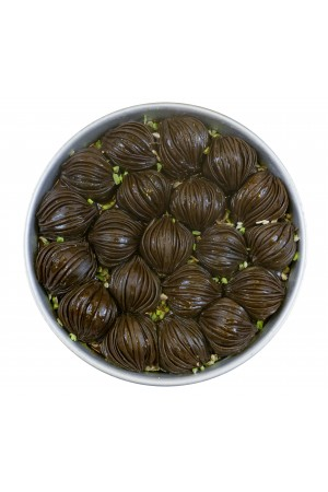 Mussel Baklava with Chocolate